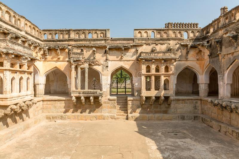 Bad för drottning` s inom, Hampi, Karnataka, Indien fotografering för bildbyråer