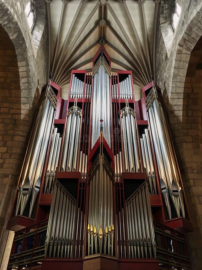Bad Förenade kungariket - November 4, 2018: Kyrkaorgan i Abbey Church av StPeter och StPaul som gemensamt är bekant som badabbots royaltyfria foton