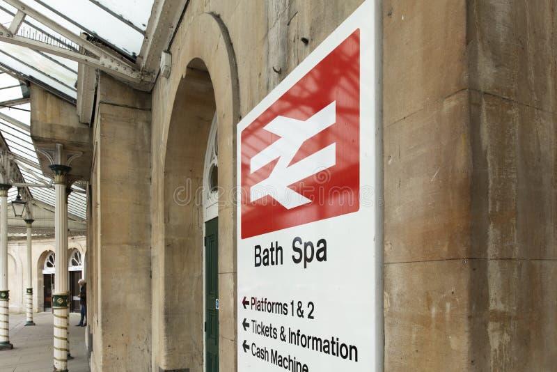 Bad, Somerset, het Verenigd Koninkrijk, 22 Februari 2019, Ingangssignage voor Bath Spa Post royalty-vrije stock foto's