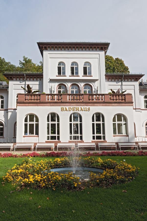 Badehaus historique avec le parc dans mauvais Soden, Allemagne photo libre de droits