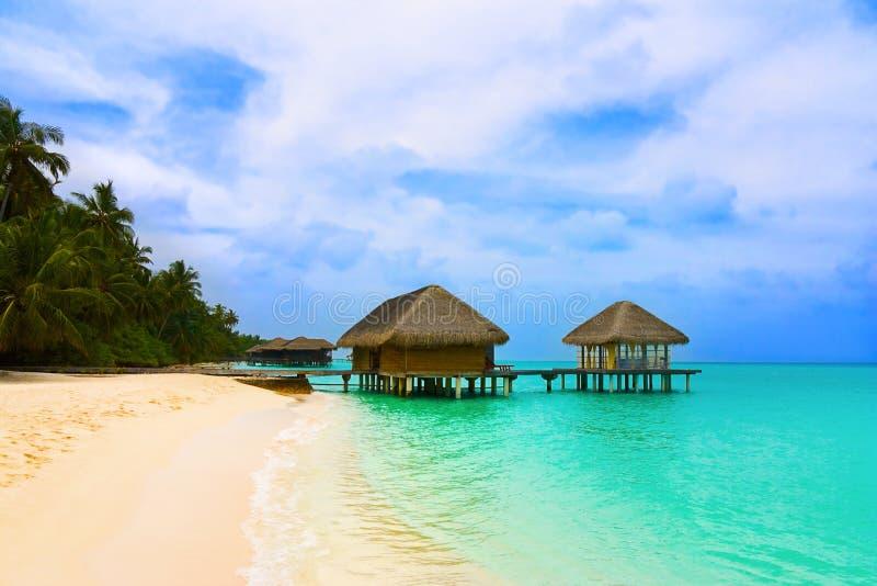 Badekurortsalon auf Strand lizenzfreie stockfotografie