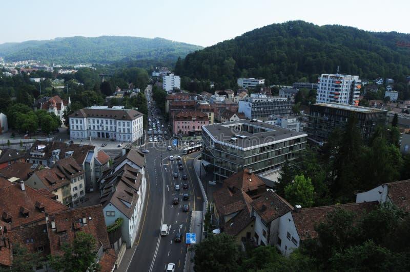 Baden City: Die Ansicht vom historischen Chateau auf die Stadt lizenzfreie stockbilder
