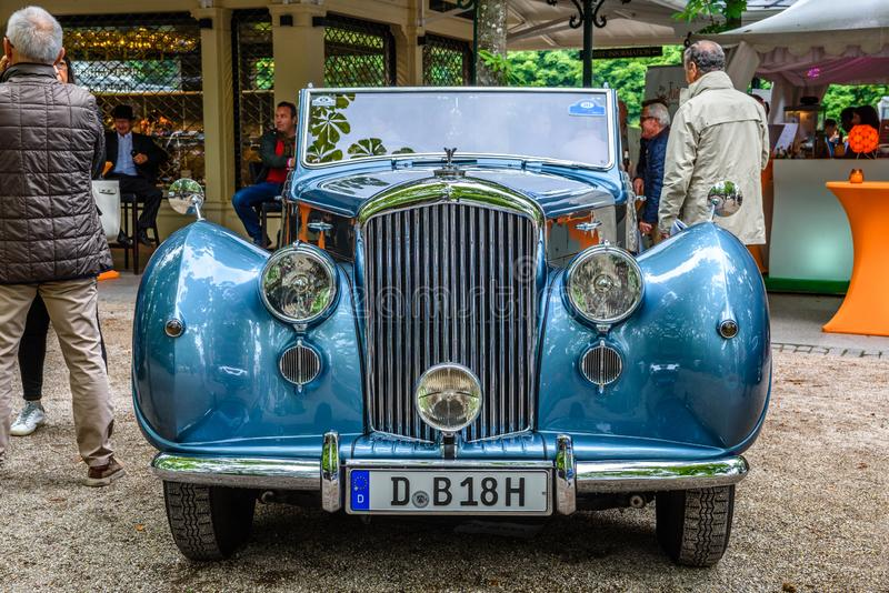 BADEN BADEN, GERMANY - JULY 2019: blue Crewe Rolls-Royce BENTLEY R TYPE cabrio 1953, oldtimer meeting in Kurpark stock images