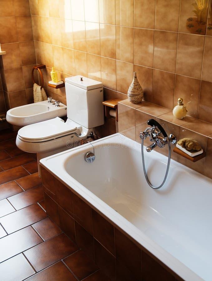 Badezimmerinnenraum stockfotografie