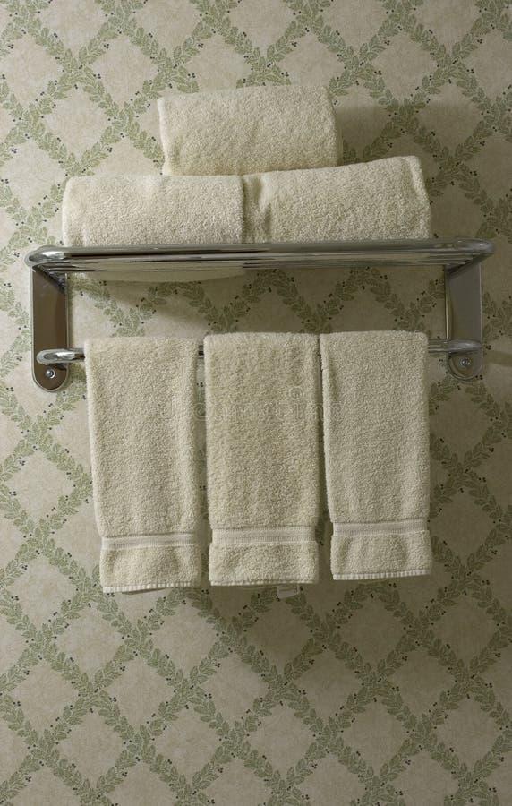 Download Badezimmertücher stockbild. Bild von tücher, sauber, hotel - 29667