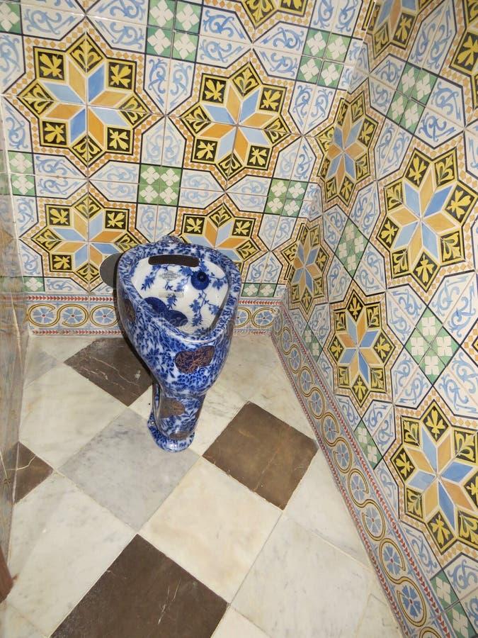 Badkamers in Palau Güell Antoni Gaudà Antoni Gaudi, Catalonië, Spanje stock foto's