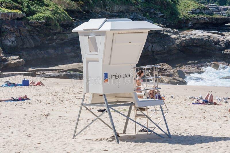 Badmeesterpost op Bronte-strand stock foto's