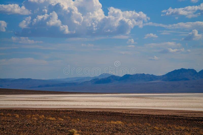 Badwaterområdet i Death Valley royaltyfri fotografi