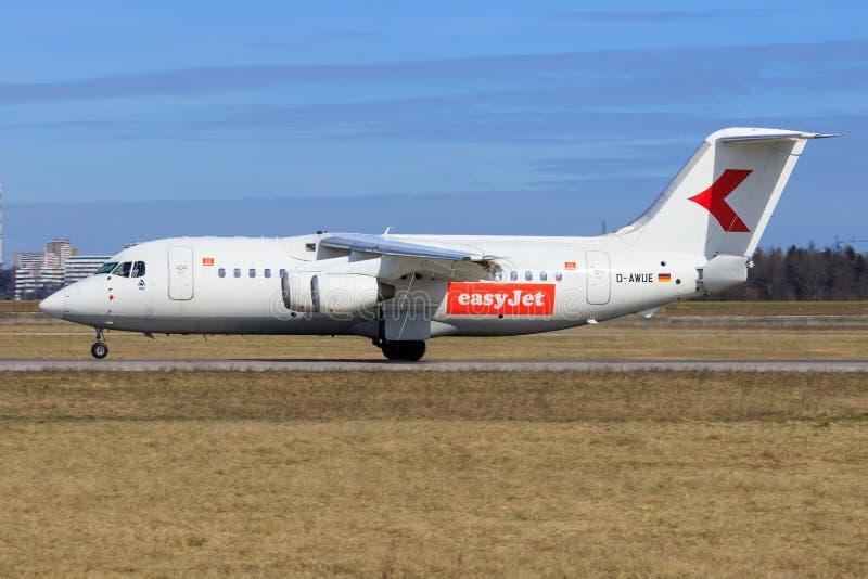 Bae Avro d'Easyjet photographie stock libre de droits