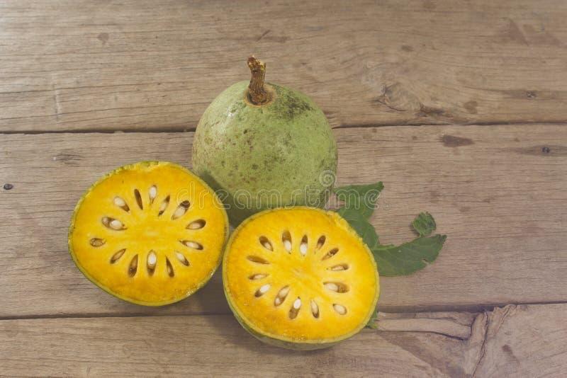 Bael-Frucht lizenzfreie stockfotografie