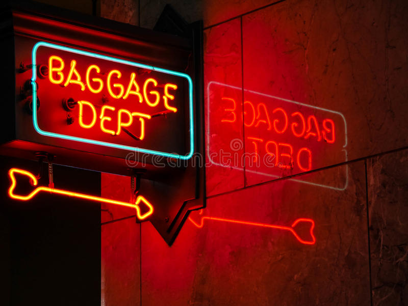 Bagażowy Wydziałowy neonowy znak obraz royalty free