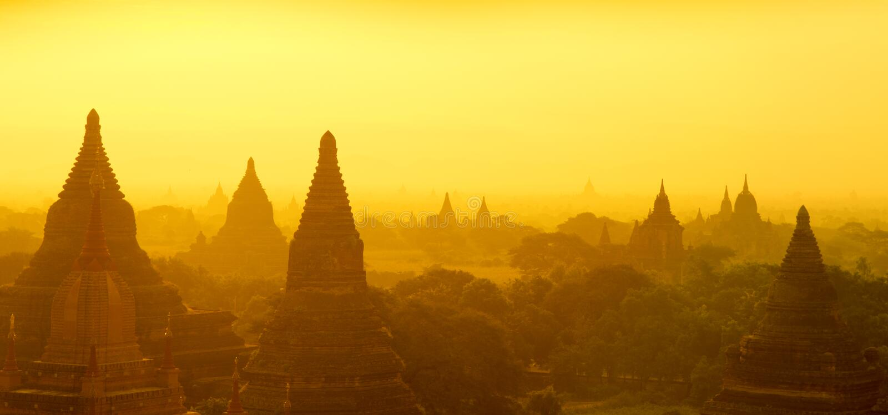Bagan全景日出 库存图片