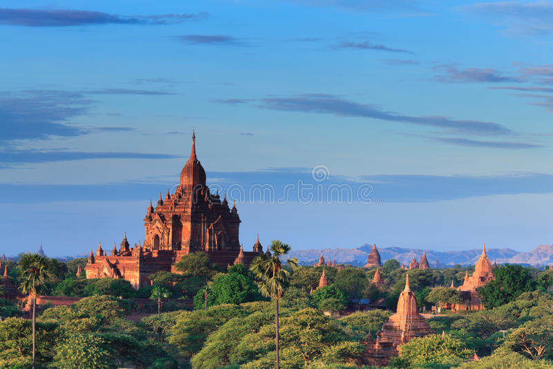 bagan缅甸日出寺庙 免版税库存图片