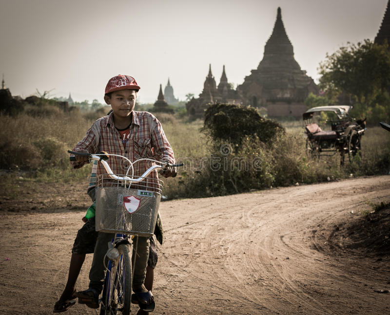Bagan, μια πόλη χιλίων ναών στοκ εικόνες
