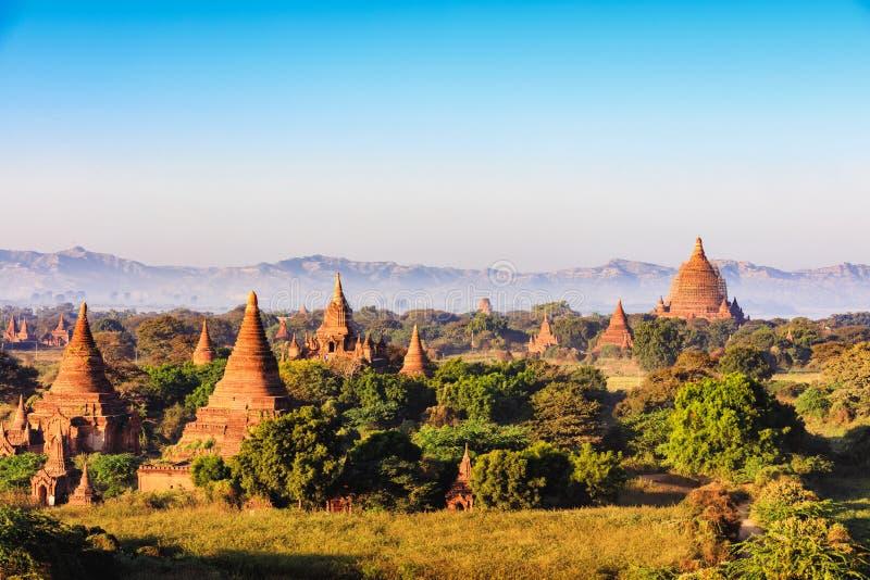 Bagan royaltyfria bilder