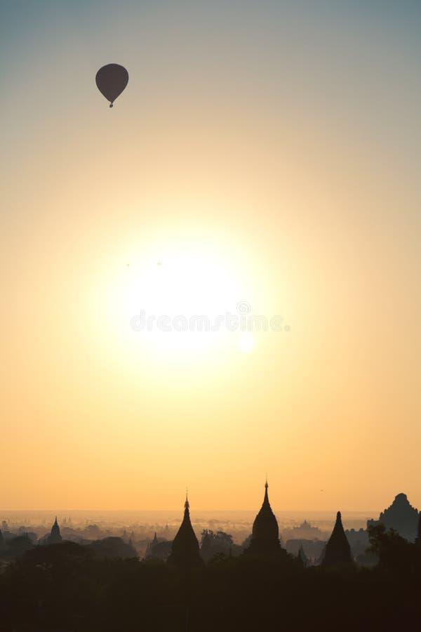 Bagan pagody przy wschodem słońca obrazy royalty free
