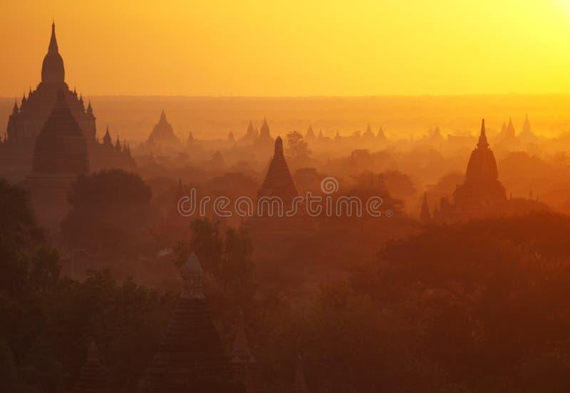 Bagan pagody przy wschodem słońca obraz stock