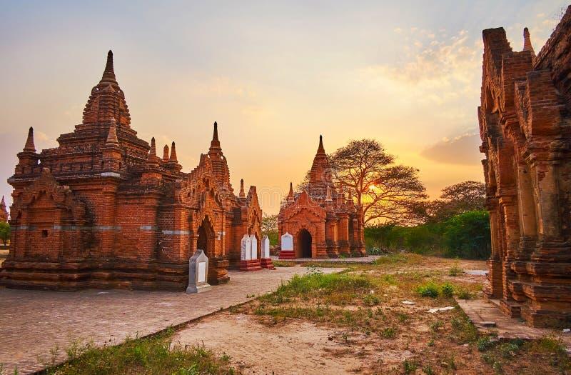 Bagan-Schreine auf Sonnenuntergang, Myanmar stockbilder