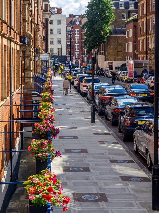 Bagare Street i London royaltyfri fotografi
