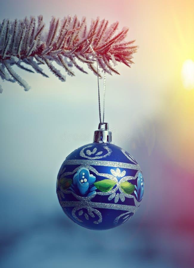 Bagattella luminosa di Natale fotografie stock libere da diritti
