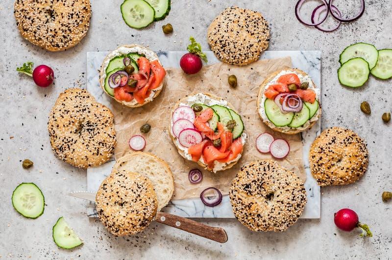 Bagel σολομών σάντουιτς στοκ φωτογραφίες με δικαίωμα ελεύθερης χρήσης