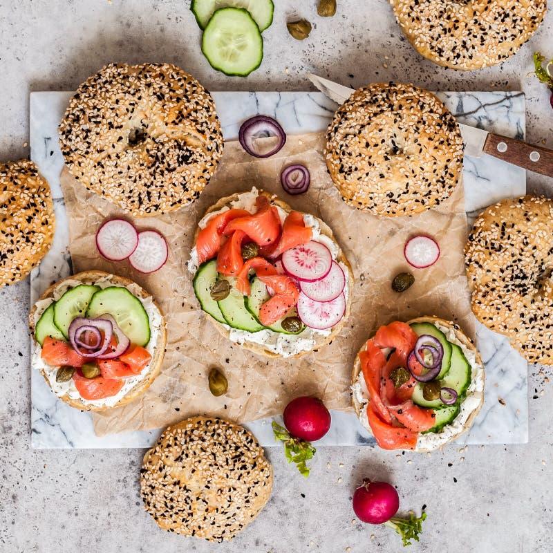 Bagel σολομών σάντουιτς στοκ εικόνες