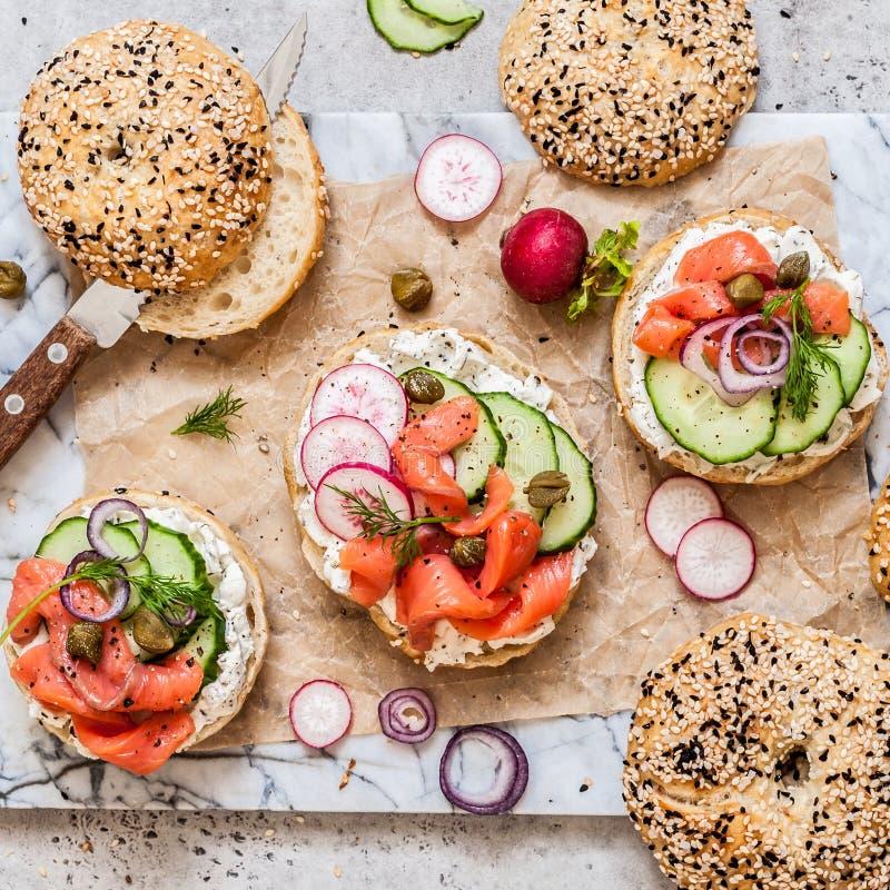 Bagel σολομών σάντουιτς στοκ φωτογραφία