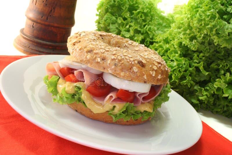 Download Bagel com presunto e ovo foto de stock. Imagem de sanduíches - 16850290