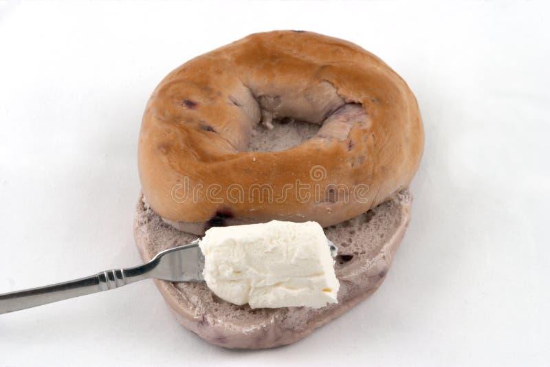 Bagel e queijo de creme imagens de stock