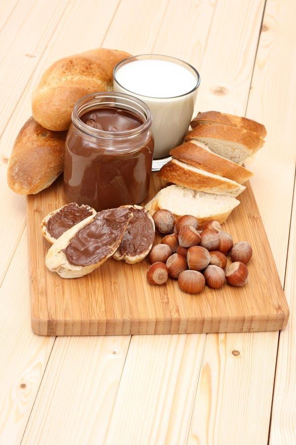 Bagel mit Schokolade stockbilder