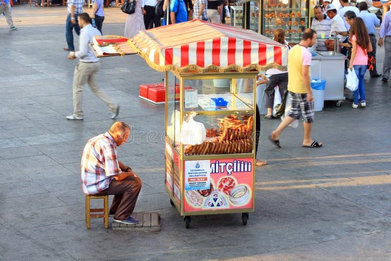 bagel turkish sprzedawca zdjęcie stock