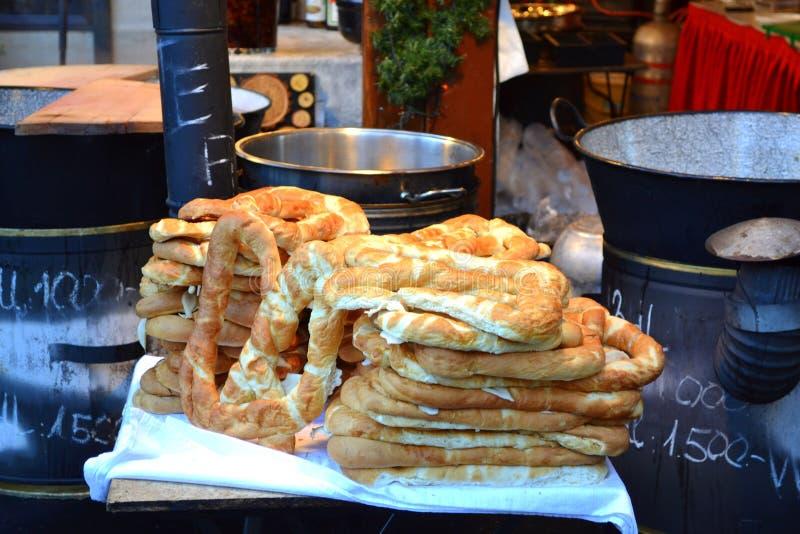 Bagels Budapest du marché de Noël photos libres de droits