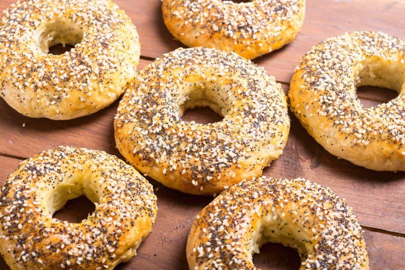Bagels caseiros de New York imagens de stock