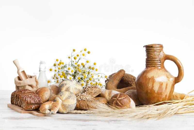 Bageribröd, frukost fotografering för bildbyråer