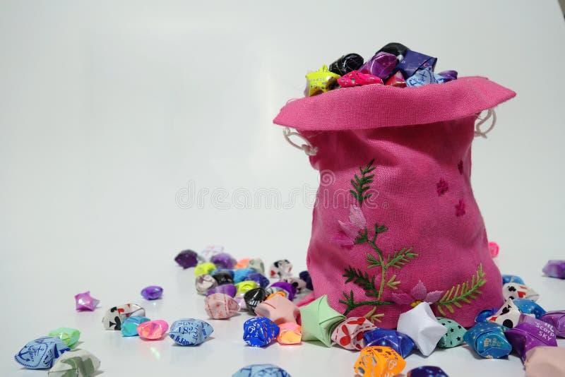 Bagful szczęsliwe gwiazdy zdjęcie royalty free
