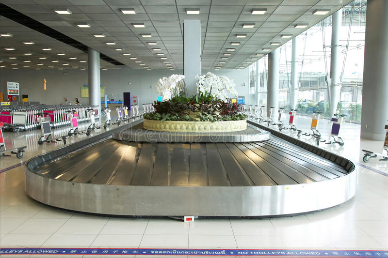 Download Baggage Pickup Carousel At The Airport Stock Photo - Image: 23164112