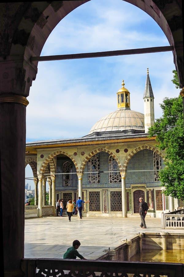Baghdad kiosk som placeras i den Topkapi slotten arkivfoton