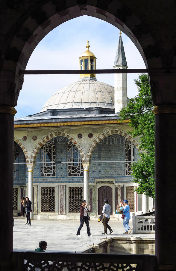 Baghdad kiosk som placeras i den Topkapi slotten royaltyfria foton