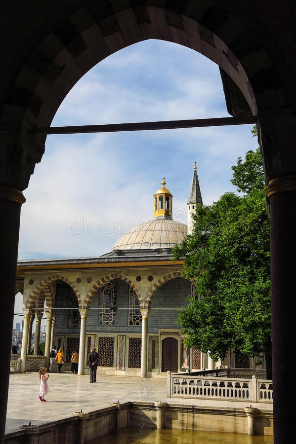 Baghdad kiosk som placeras i den Topkapi slotten arkivbild