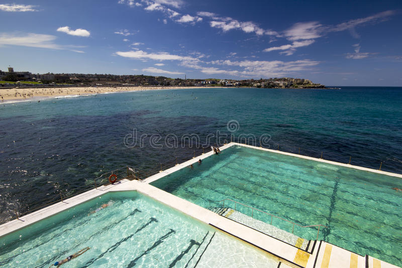 Bagni della spiaggia di Bondi fotografia stock