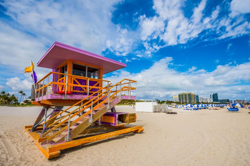 Bagnino Stand di Miami Beach nel sole di Florida fotografie stock