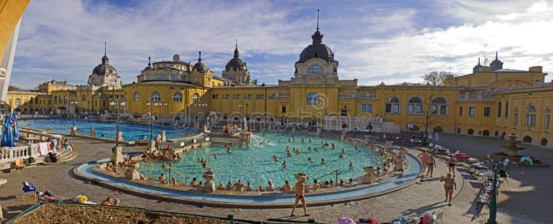 Bagno e stazione termale termici a Budapest immagine stock libera da diritti