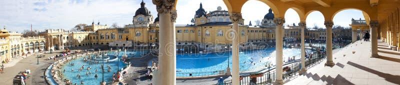 Bagno e stazione termale termici a Budapest immagini stock libere da diritti