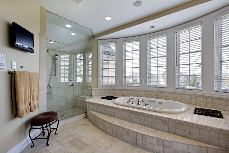 Bagno matrice nella casa di lusso fotografia stock