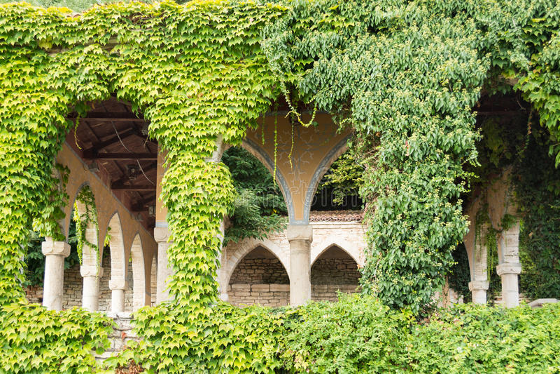 Bagno romano nell'iarda del palazzo di Balchik, Bulgaria fotografia stock