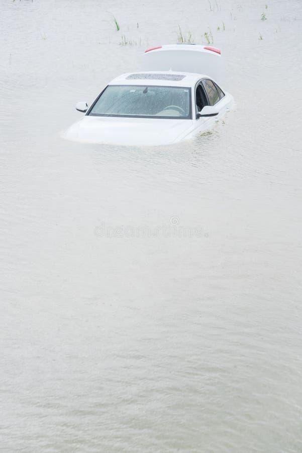 Bagno samochodowa powódź zdjęcie stock