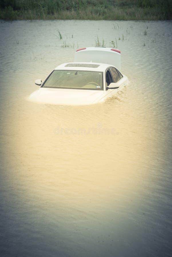 Bagno samochodowa powódź obraz royalty free