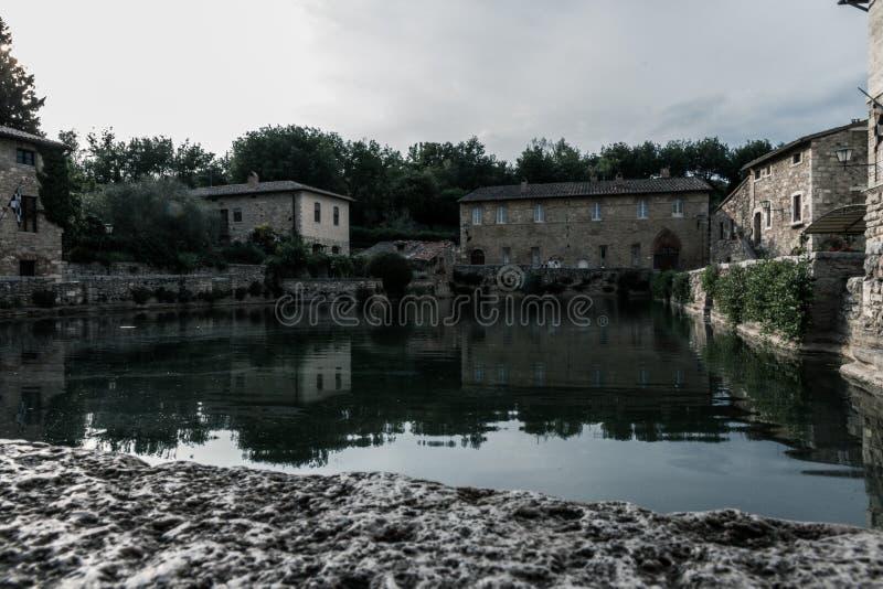 Bagno Vignoni主要温泉水池 库存照片
