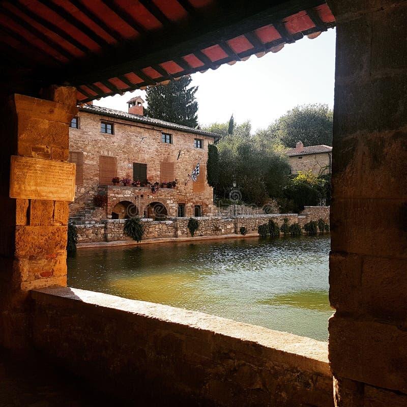 Bagno Vignoni, Toscana immagini stock libere da diritti