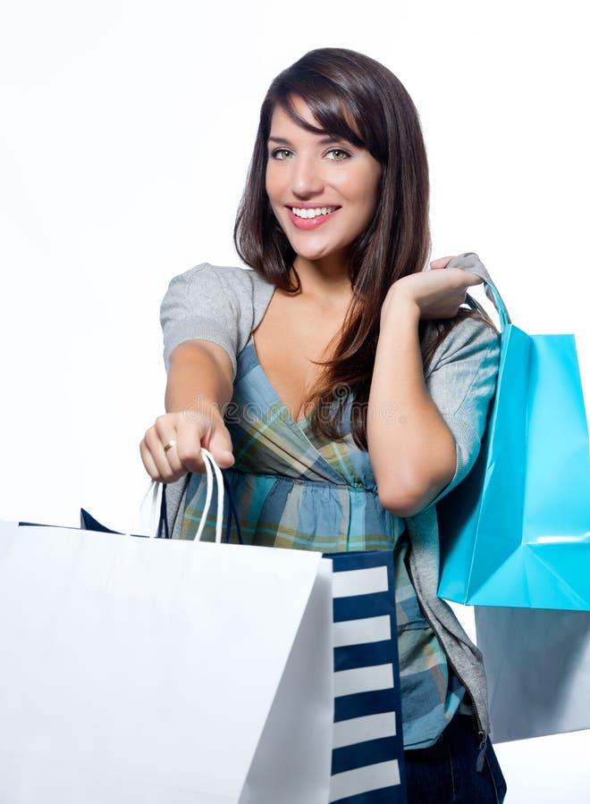bags den latinamerikanska shoppingkvinnan royaltyfria bilder